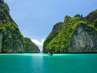 Yacht Charter: S/Y Tiare's explorer route: FORGOTTEN ISLANDS  (Indonesia)